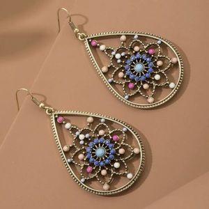 Jewelry - 😍JUST IN😍 🆕 Boho Multicolor Teardrop Earrings